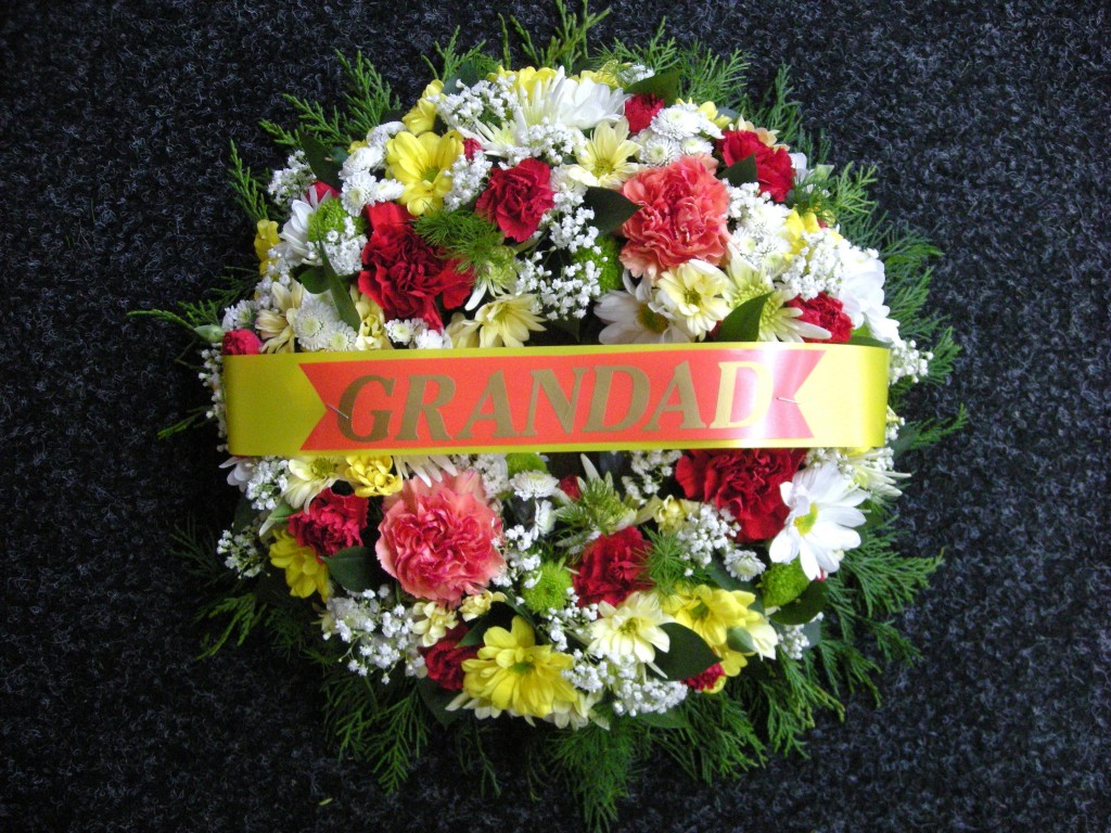 Funeral flowers gayflowers liverpool click to zoom izmirmasajfo Image collections